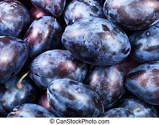 healthy plums