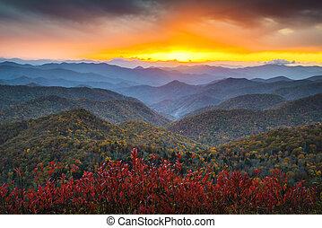 Blue Ridge Parkway Autumn Appalachian Mountains Sunset Western NC Scenic Landscape vacation destination