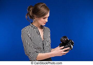 girl looking at the camera