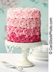 Ombre cake in shades of pink