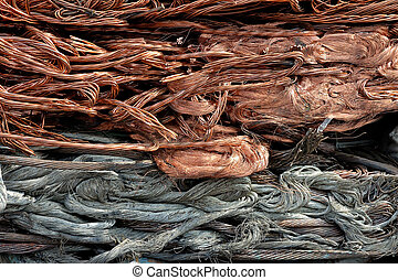 Recycling wire on the pile