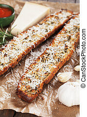 Toasted garlic bread with parmesan cheese
